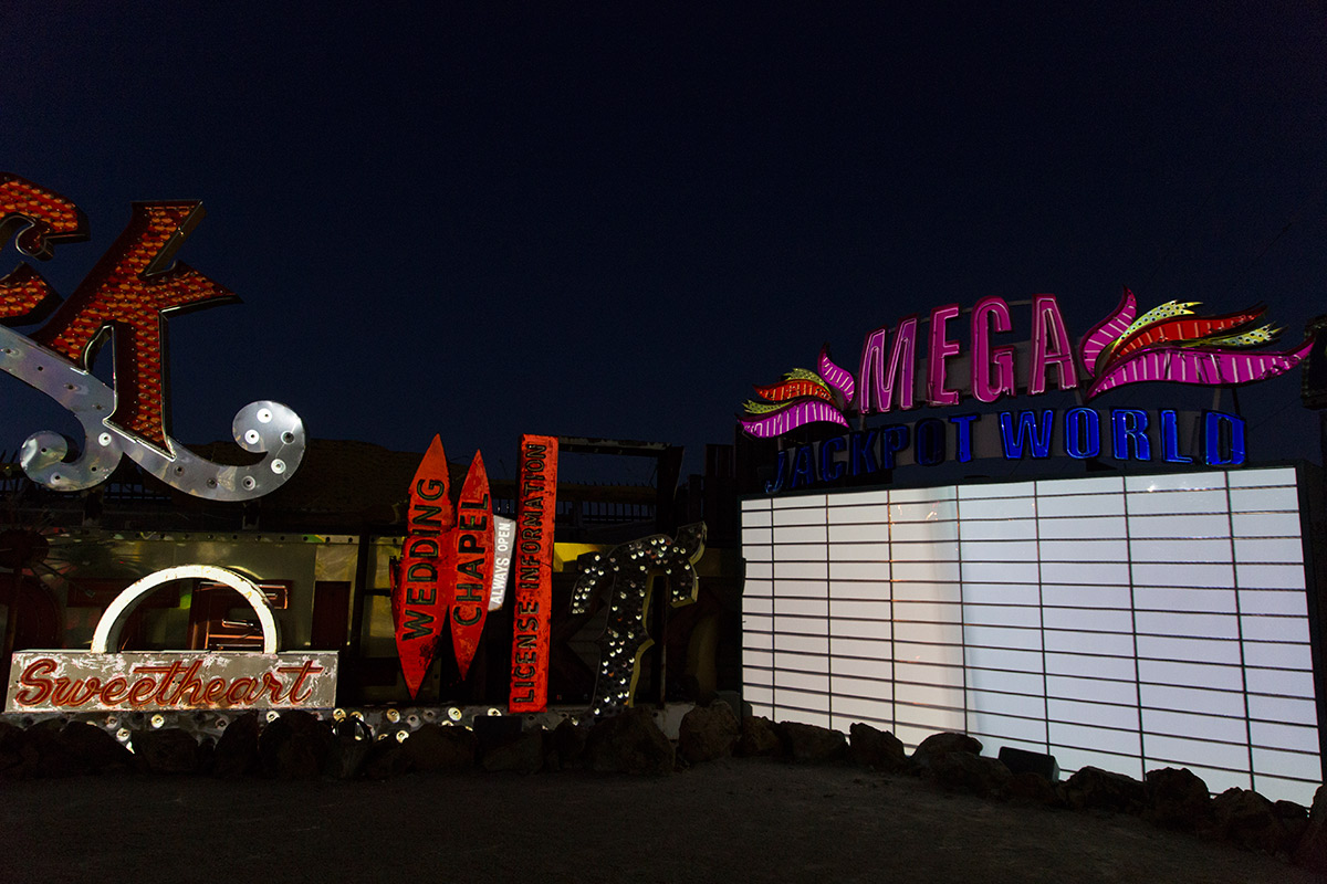 Brilliant! Mega Jackpot World (Image Credits – The Neon Museum)