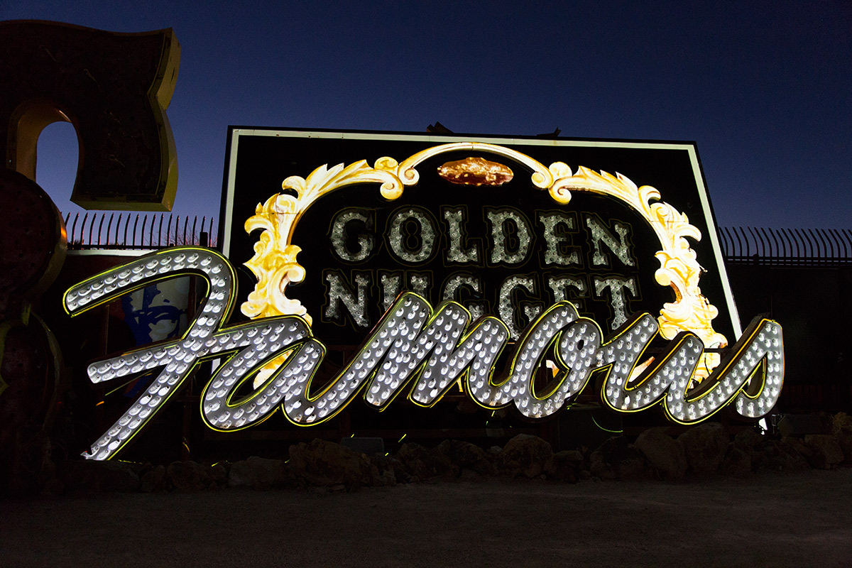 Brilliant! Golden Nugget Famous (Image Credits – The Neon Museum)