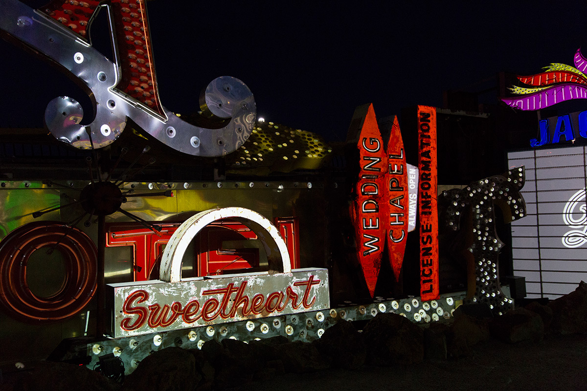 Brilliant! Sweetheart Wedding Chapel (Image Credits – The Neon Museum)